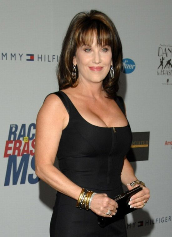 Robin McGraw breast implants